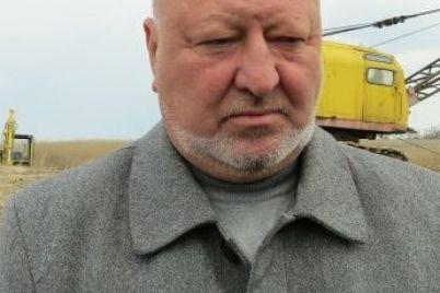 zaporozhskij-deputat-zadeklariroval-11-zemelnyh-uchastkov-4-avto-i-18-milliona-griven-dohoda-semi.jpg