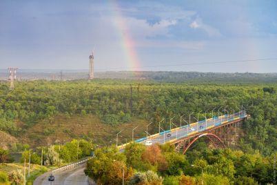 zaporozhskij-fotograf-pokazal-snimki-udivitelnoj-radugi-nad-horticzej-foto.jpg