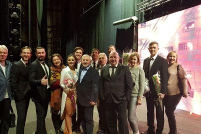 zaporozhskij-teatr-pokoril-zritelej-v-harkove.jpg