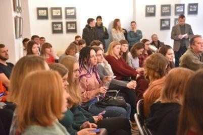 zaporozhskim-studentam-rasskazali-kakie-professii-budut-vostrebovany-v-budushhem-foto.jpg
