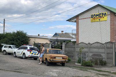zhitel-zaporozhskoj-oblasti-organizoval-v-svoem-garazhe-magazin-i-torgoval-alkogolem-bez-liczenzii-foto-video.jpg