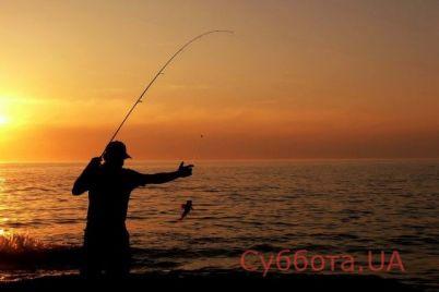 zhitelej-zaporozhya-nasmeshil-neobychnyj-rybak-video.jpg